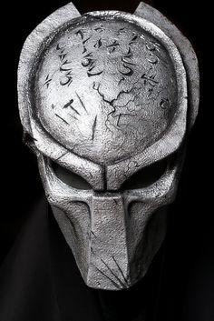 Predator mask 1:1 Full scale movie alien film alien vs predator helmet cosplay steampunk wall mask props. #predator #mask #alienvspredator #cosplay #costume #horror #horrorprops #props #macabre #creepy #predatormask #predatorcostume #predatorhelmet #homedecor #wallmas #wallmasks #halloween #halloweenmask #steampunk #steampunkmask #helloweencostume #helloweencosplay #predatormovie #predatorprop #facemask