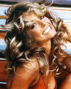 Farrah Fawcett, such a glamazon! #VintageGlam
