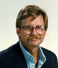 "Lewis Grizzard ""Now 'fore we start, y'all know where i went to school and y'all know where my allegiance lies. I'm Bulldog born and Bulldog bred, and when i die, I'll be by-God Bulldog dead!"""