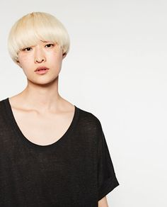 Image 4 of OVERSIZED LINEN T-SHIRT from Zara