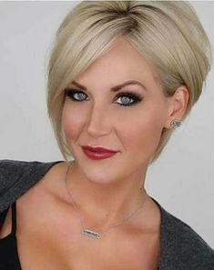 17 More Fresh Layered Short Hairstyles for Round Faces: #14. Classy and Modern Haircut; #shorthair