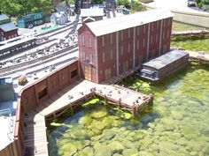 Other Structures & Stuff Ice Houses, Chicago River, Union Station, Water Garden, Shelters, Vignettes, Yards, Street, Building