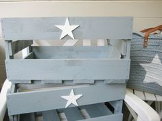 Wooden box star ♥ gray - Basket And Crate Wood Crates, Wood Boxes, Home Organisation, Pallet Crafts, Baby Boy Gifts, Home Projects, Nursery Decor, Home Decor, Crates