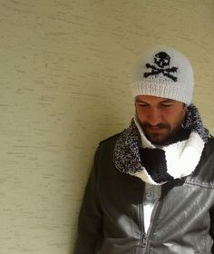Set of mens beanie and scarf in white and black by KnitterPrincess, $65.00