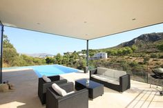 Modern Villa in Mallorca with Generous Interiors and Panoramic Views - http://freshome.com/2012/04/03/modern-villa-in-mallorca-with-generous-interiors-and-panoramic-views/