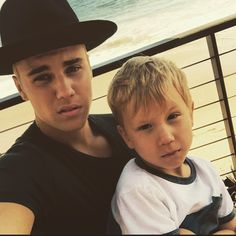 Justin Bieber's Little Brother Jaxon Looks Just Like Him - See the Pics!: Photo Justin Bieber hops out of his car and heads to grab a fresh juice drink on Wednesday afternoon (June in Beverly Hills, Calif. Justin Bieber News, I Love Justin Bieber, Hailey Baldwin, Love Style Life, Jaxon Bieber, Bae, Scott Eastwood, Music Promotion, Foto Instagram