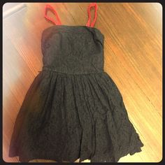 size small Abercrombie & Fitch dress This adorable A & F dress is a dark navy with red detachable straps. Size is small and fits a 0/2. Has double layer, lined with a lace top. 100% cotton and worn only twice. Smoke free home. Abercrombie & Fitch Dresses Mini