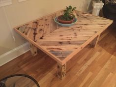 Coffee table built with reclaimed pallet wood