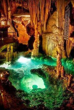 Loray Caverns, Virginia