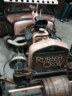 Rusted crow