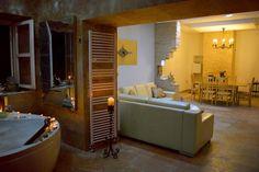 Leuchtturm für 8 Personen in Korčula | TUIvillas.com Objekt-Nr. 1247460 M Restaurant, Jacuzzi, Lawn And Garden, Lighthouse, Full Bath, Light Fixtures, Whirlpool Bathtub