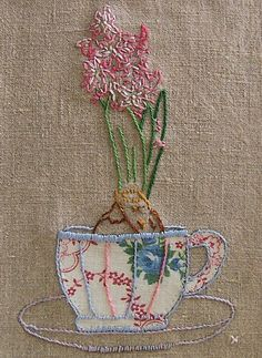 Free pattern - clever use of fabric & embroidery|