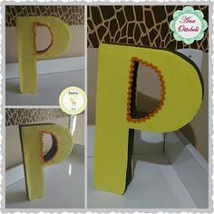 Letra decorativa papelão e EVA