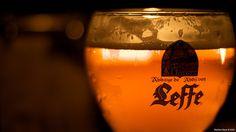 La birra si beve più velocemente se il bicchiere è curvo  La forma del bicchiere influenza la velocità con cui viene finita una pinta di bionda. La scoperta potrebbe essere utilizzata per disincentivare il consumo di bevande alcoliche  Leggi l'articolo su Galileo (http://www.galileonet.it/articles/5046fd57a5717a3fc100004a)  Credit immagine a Stephan Geyer (http://www.flickr.com/photos/stephangeyer/)