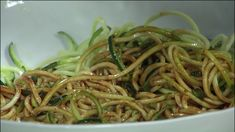 David's Zucchini Spiralized with Spicy Asian Sauce Spiralizer Recipes, Sriracha Sauce, Toasted Sesame Seeds, Zucchini Noodles, Green Beans, Side Dishes, Spicy, Cooking Recipes, Stuffed Peppers