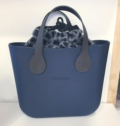 O bag Beautiful Bags, Fashion Bags, Tote Bags, Clutches, Shoulder Bags, Celebrity Style, Clock, Handbags, Purses