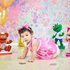 Muppet Babies, 1st Year Cake, Kids Room Furniture, Disney Junior, Baby Birthday, Babys, Party Ideas, Instagram, Templates