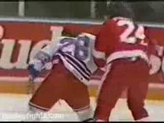 When hockey fights were real fights ...