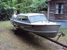 Aluminum Fishing Boats, Aluminum Boat, Airstream Motorhome, Utility Boat, Vintage Boats, Cool Boats, Boat Stuff, Water Toys, Wooden Boats