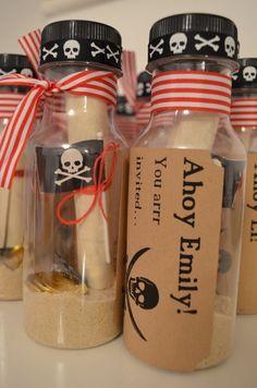 4. Einladung Piratenparty Kindergeburtstag Mottoparty selbstgemacht PiratePar http://bit.ly/1U47FcO http://bit.ly/1Rv6VZF
