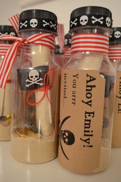 Eine süße Idee für eine Einladung zur Piratenparty! Danke dafür Dein blog.balloonas.com #kindergeburtstag #motto #mottoparty #einladung #invitation #balloonas #pirat #piratenparty