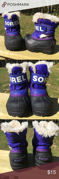 🆕 listing ❄️❄️ Baby girl winter boots! Get ready for winter and keep those feet warm! Baby girl size 4 boots! In excellent used condition. No rips, tears or stains! Velcro closures work excellent. Nice and warm and heavy duty! Clean, smoke free home! Sorel Shoes Rain & Snow Boots