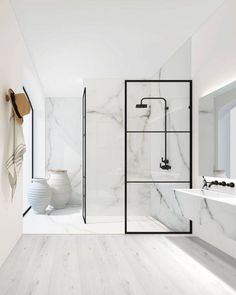 Give your bathroom an urban edge with a crittall-style shower screen. Here are our favourite Crittall-style shower screens in the UK. White Marble Bathrooms, Small Bathroom, Modern Bathrooms, Bathroom Ideas, Shower Bathroom, Bathroom Remodeling, Modern White Bathroom, Modern Shower, Bathroom Goals