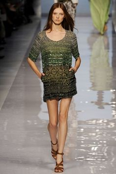 Etro Spring 2009 Ready-to-Wear Fashion Show - Olga Sherer