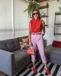 Como combinar rosa e vermelho – Ideas Outfits 2020 Simple Fall Outfits, Layering Outfits, Stylish Outfits, Look Office, Office Looks, Look Fashion, Girl Fashion, Fashion Outfits, Jessica Lucas