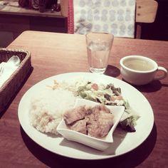 [2013/11/25]    ランチ✧(˃̶ ॣᵕ ॣ˂̶)    日替わりスコッププレート ¥900      @ SCOPP CAFE (新宿)