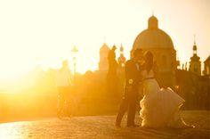 www.theweddingnotebook.com. Prague pre-wedding photos by Adam Ong Photography