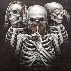 post of Brain Dead Custom Motorcycles Evil Skull Tattoo, Skull Tattoo Design, Skull Tattoos, Body Art Tattoos, Tattoo Designs, Chicanas Tattoo, Tattoo Drawings, Dark Fantasy Art, Dark Art