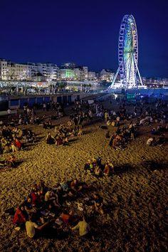 Brighton beach & Ferris Wheel at night: www.eivapoppins.blogspot.com