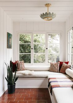 House Tour :: Classic California Architecture & A Bit of Boho Make This Hollywood Hills Home Incredibly Inviting - coco kelley coco kelley My Living Room, Living Spaces, California Living, California Style, California Architecture, Hollywood Hills Homes, House Tours, My Dream Home, Interior Inspiration