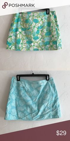 Lilly Pulitzer Reversible Skirt Size 10. I added my own button to adjust the size but I left the original ones untouched. By adding buttons you can make it fit whichever size. Like two skirts in one. Price firm. Lilly Pulitzer Skirts