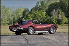 69 Corvette with matching numbers L89 engine and 4-speed manual transmission at Kissimmee 2013