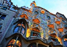 Antoni Gaudi's architectural style in many ways has come to define the city of Barcelona. With this travel plan designed by the Utrip Team, travelers w. Bon Weekend, Babylon City, Affordable Cruises, Antonio Gaudi, Barcelona Architecture, Bahamas, Cultural Events, Good Energy, Week End
