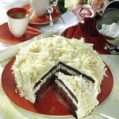 Schoko-Kirsch-Kokos-Torte Rezept | LECKER