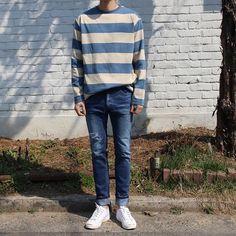 mens fashion boots bestmensfashionwatches id Mens Boots Fashion, Boy Fashion, Fashion Outfits, Casual Fall Outfits, Cute Outfits, Men Casual, Boy Outfits, Korean Fashion Men, College Outfits
