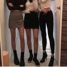 g e o r g i a n a - Bucket hat outfit - Look Fashion, Korean Fashion, Fashion Outfits, Womens Fashion, Net Fashion, Fashion Styles, Street Fashion, Spring Fashion, Bucket Hat Outfit