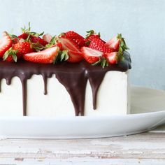 This Strawberry Tuxedo Cake will be the highlight of your Oscar party.