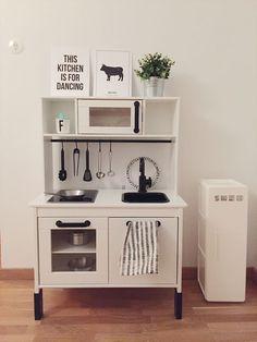 IKEA Duktig kitchen hack /makeover Ikea Childrens Kitchen, Ikea Kids Kitchen, Diy Play Kitchen, Ikea Kitchen Cabinets, Ikea Hacks, Play Houses, Kids Bedroom, Room Decor, Decoration