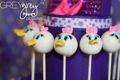 Daisy Duck themed cake pops.