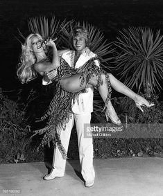 Bulgarian-born French singer Sylvie Vartan and her husband singer and actor Johnny Hallyday in Los Angeles. Get premium, high resolution news photos at Getty Images Ringo Starr, George Harrison, Beatles, Johnny Hallyday Sylvie Vartan, Hollywood Knights, Johnny Halliday, Vartan Sylvie, Estelle Lefébure, Sheila