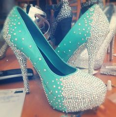 Perfect for a Tiffany Themed wedding!  Stunning I would fall if I ever wore these but they are so gorgeous!