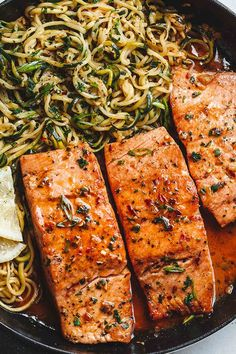 LEMON GARLIC BUTTER SALMON WITH ZUCCHINI NOODLES (quarter-hour). The 21 Fastest Paleo Dishes within the Universe purewow easter lunch break food recipe dinner paleo diet easypaleorecipes easyrecipes paleomeals paleodinners paleodinnerrecipes salmonrecipes Quick Paleo Meals, Paleo Recipes Easy, Ketogenic Recipes, Paleo Menu, Paleo Dinner, Paleo Food, Salmon Recipes, Seafood Recipes, Pasta Recipes