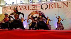 FESTIVAL DEL ORIENTE PARTE  5 VESTIZIONE KIMONO  E DANZA BOLLYWOOD