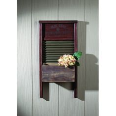 This vintage-inspired washboard wall serves as bonus storage space or a display space for flowers or knickknacks.Full graphic text: Olde star washboard company no. Country Decor, Rustic Decor, Salvaged Decor, Washboard Decor, Old Washboards, Objets Antiques, Diy Home Decor, Room Decor, Wall Decor