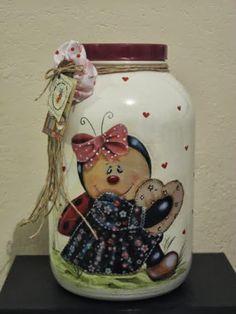 PINTURA EM VIDRO ENCONTRADAS NA NET - 110359661072833899378 - Álbuns da web do Picasa Bottle Painting, Bottle Art, Jar Crafts, Bottle Crafts, Bottles And Jars, Glass Bottles, Painted Mason Jars, Pots, Craft Sale
