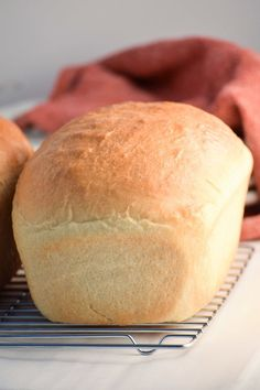 Easy White Bread Recipe - My Homemade Heaven - I halved the recipe for one loaf and it worked alright, but I didn't shape it right.